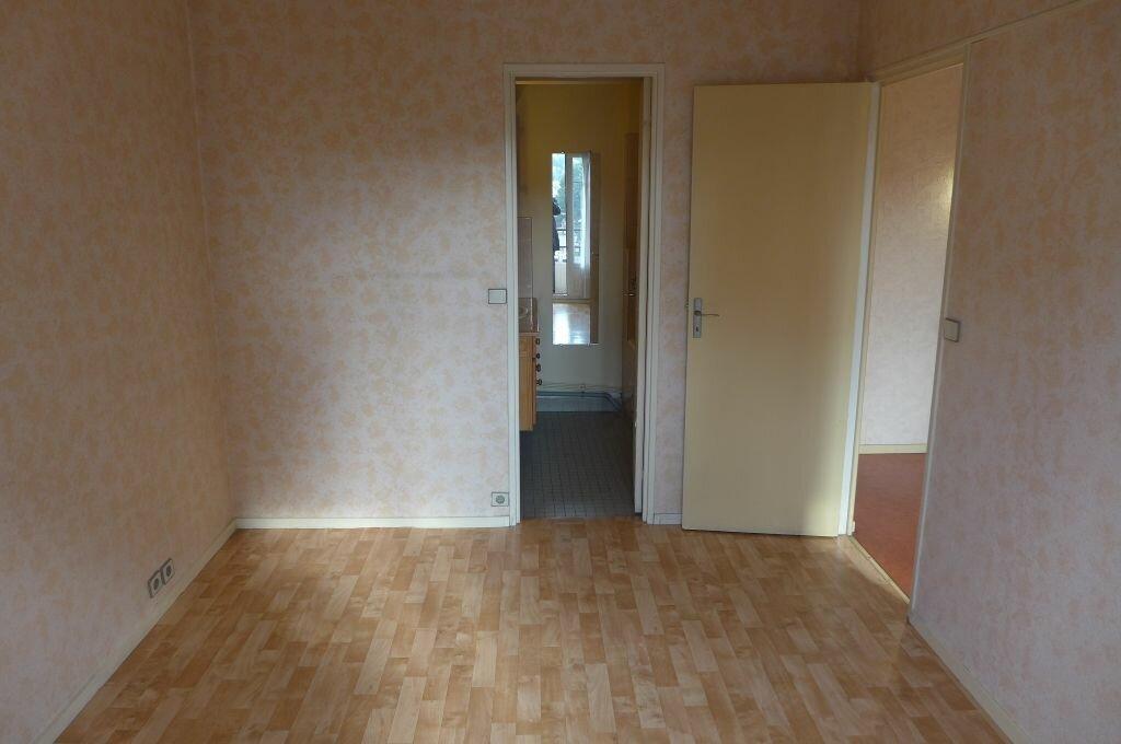 Appartement à louer 2 37.14m2 à Rosny-sous-Bois vignette-4