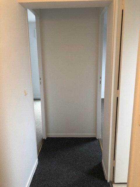 Appartement à louer 3 53.02m2 à Neuilly-Plaisance vignette-9