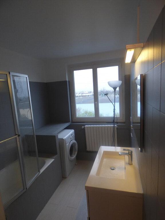 Appartement à louer 3 66.69m2 à Rosny-sous-Bois vignette-2