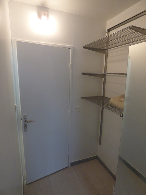 Appartement à louer 3 66.69m2 à Rosny-sous-Bois vignette-7