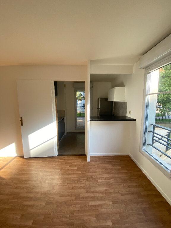 Appartement à louer 4 70.16m2 à Le Bourget vignette-6