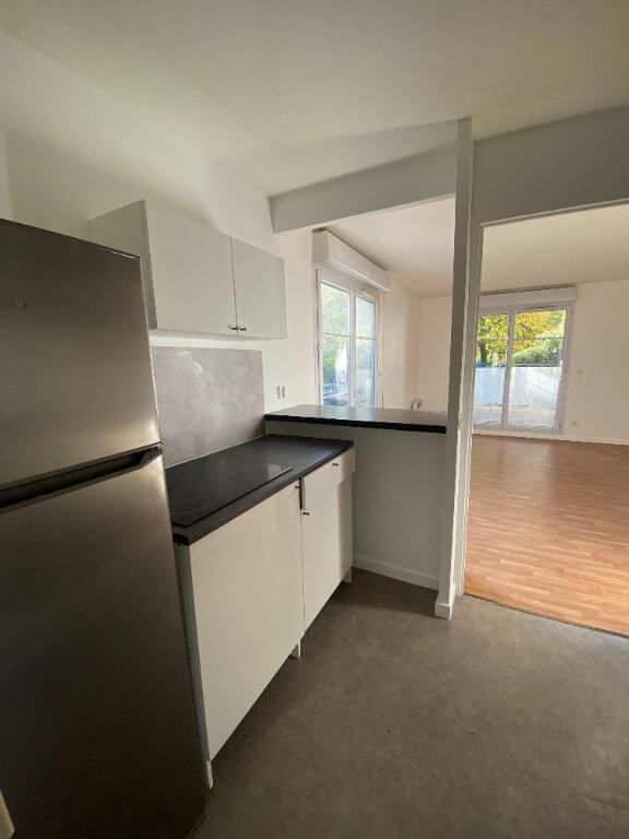 Appartement à louer 4 70.16m2 à Le Bourget vignette-7