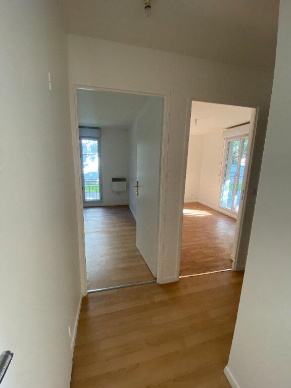 Appartement à louer 4 70.16m2 à Le Bourget vignette-10