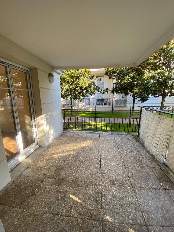 Appartement à louer 4 70.16m2 à Le Bourget vignette-12