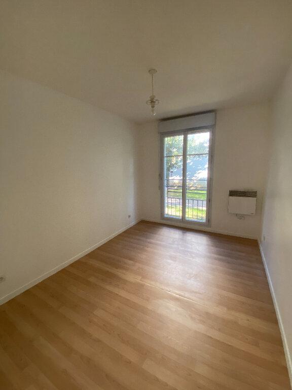 Appartement à louer 4 70.16m2 à Le Bourget vignette-13