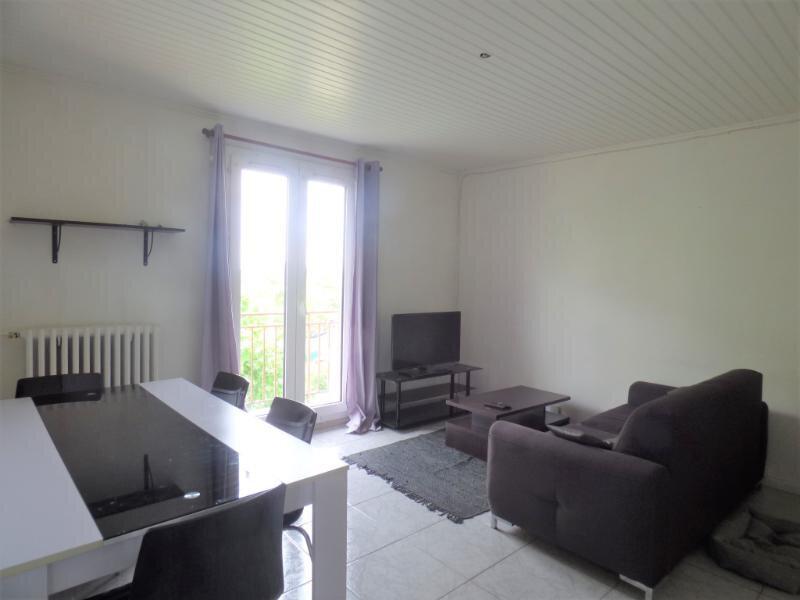 Appartement à louer 3 50.27m2 à Villepinte vignette-1