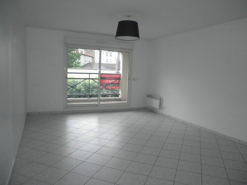 Appartement à louer 3 60.32m2 à Chelles vignette-1