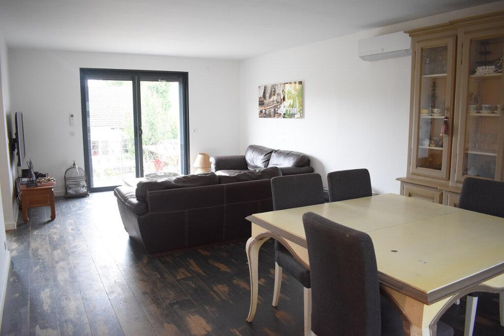 Maison à vendre 6 130m2 à Chevry-Cossigny vignette-4