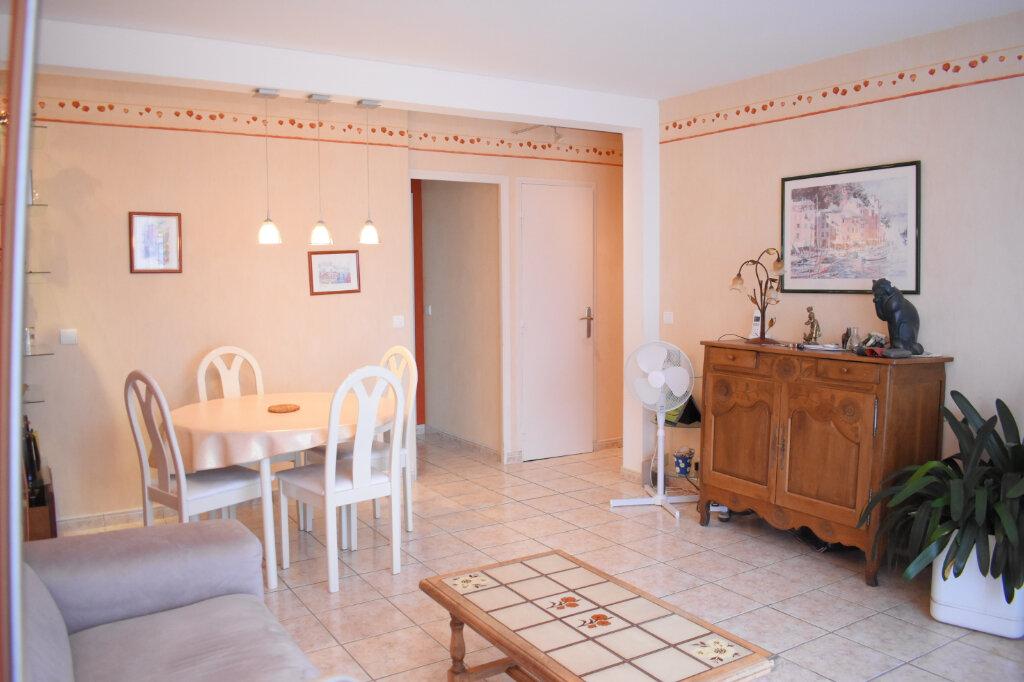 Appartement à vendre 3 70m2 à Ozoir-la-Ferrière vignette-1