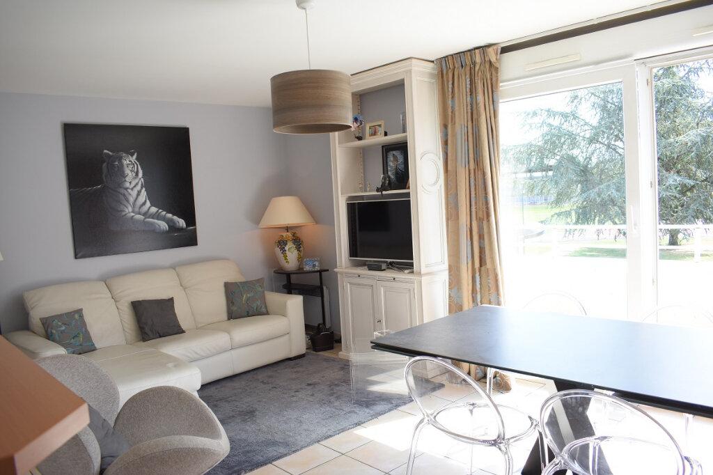 Appartement à vendre 3 68m2 à Ozoir-la-Ferrière vignette-2
