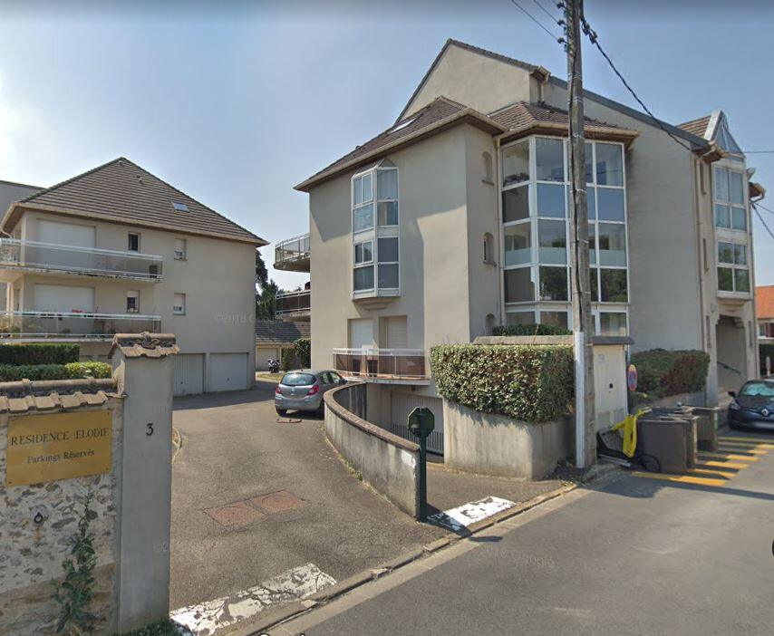 Appartement à louer 2 38m2 à Ozoir-la-Ferrière vignette-1