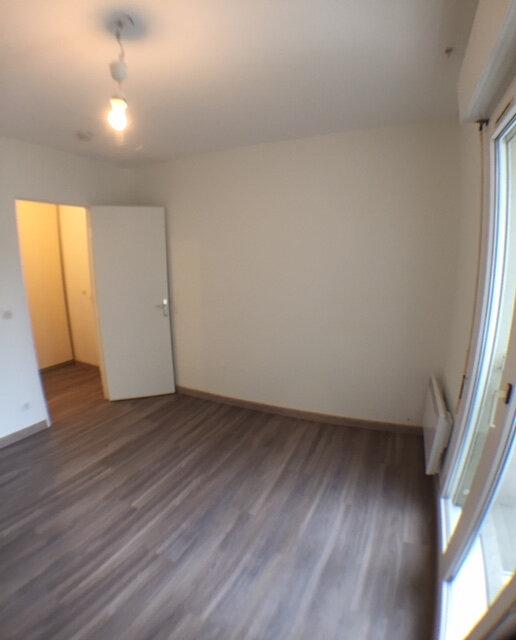 Appartement à louer 2 38m2 à Ozoir-la-Ferrière vignette-4