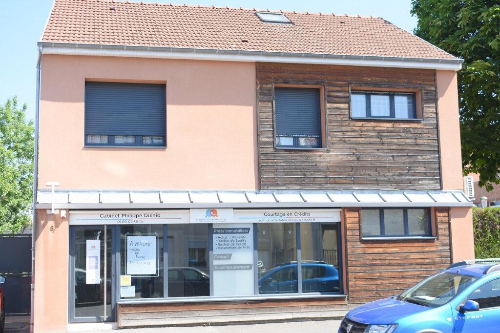 Appartement à louer 1 27m2 à Ozoir-la-Ferrière vignette-1