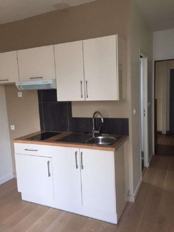 Appartement à louer 1 17.61m2 à Saint-Maur-des-Fossés vignette-2