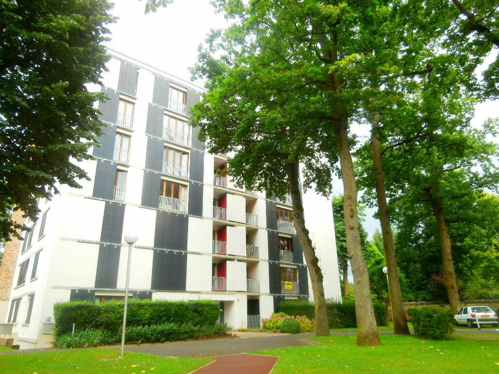 Appartement à louer 4 75m2 à Avon vignette-1
