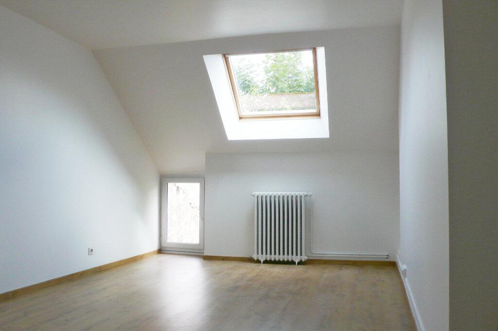Maison à louer 5 108.11m2 à Thomery vignette-6