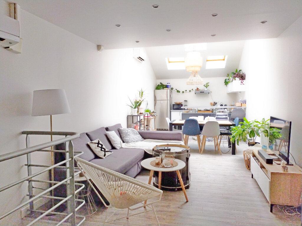 Appartement à louer 3 82m2 à Fontainebleau vignette-1