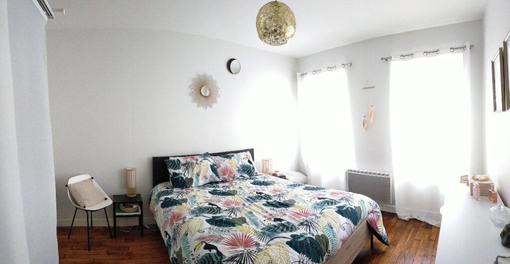 Appartement à louer 3 82m2 à Fontainebleau vignette-4