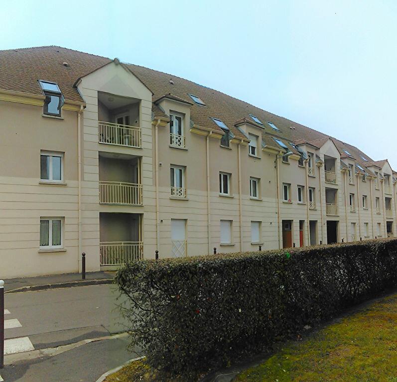 Appartement à louer 1 33m2 à Avon vignette-1