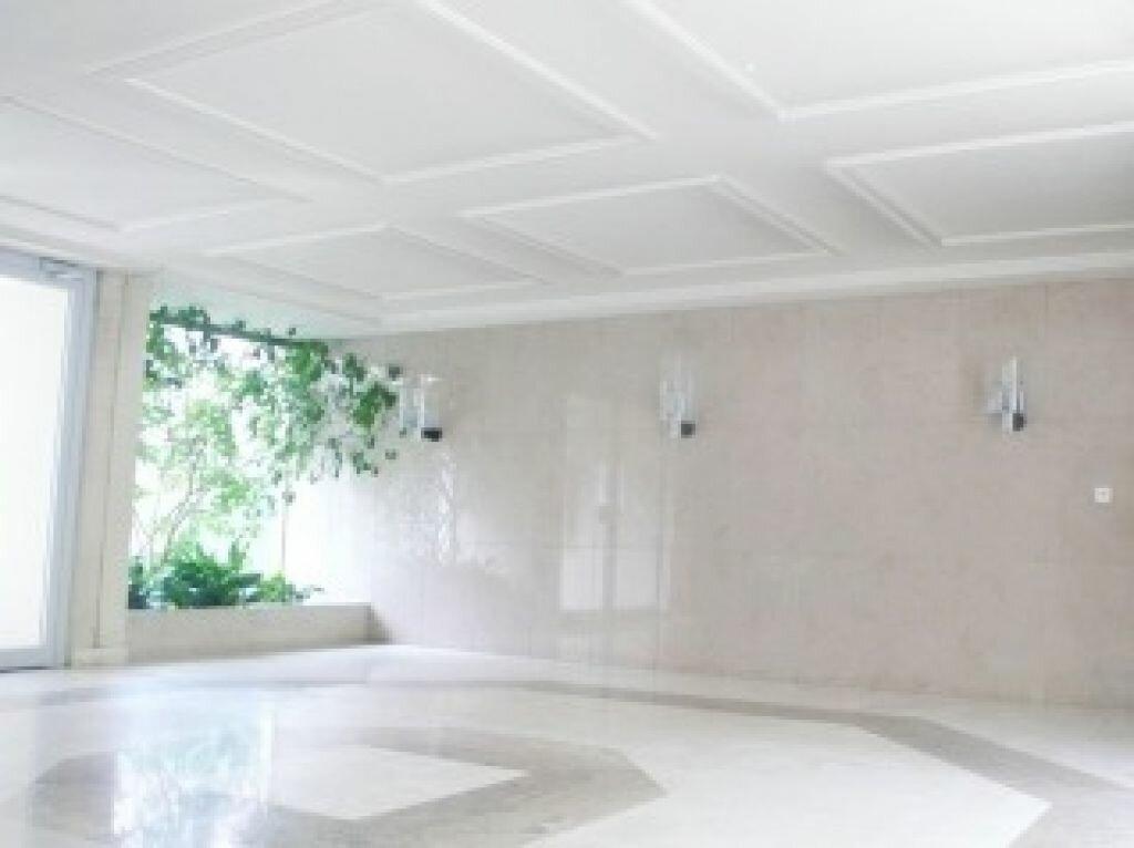 Appartement à louer 1 27.78m2 à Fontainebleau vignette-4