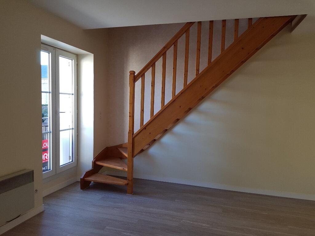 Appartement à louer 2 30m2 à Mamers vignette-1