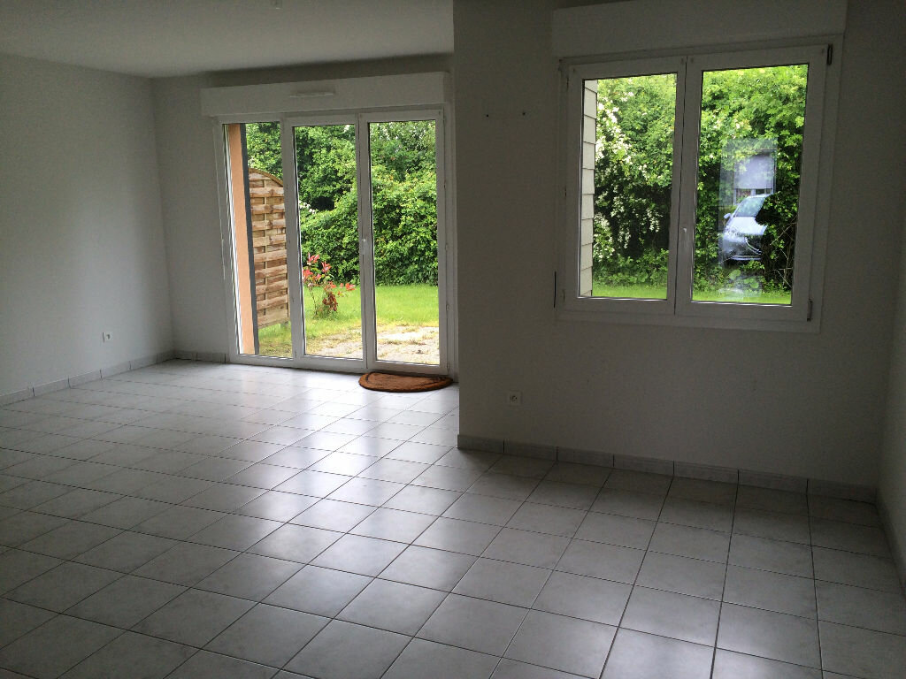 Maison à louer 2 55m2 à Mamers vignette-1