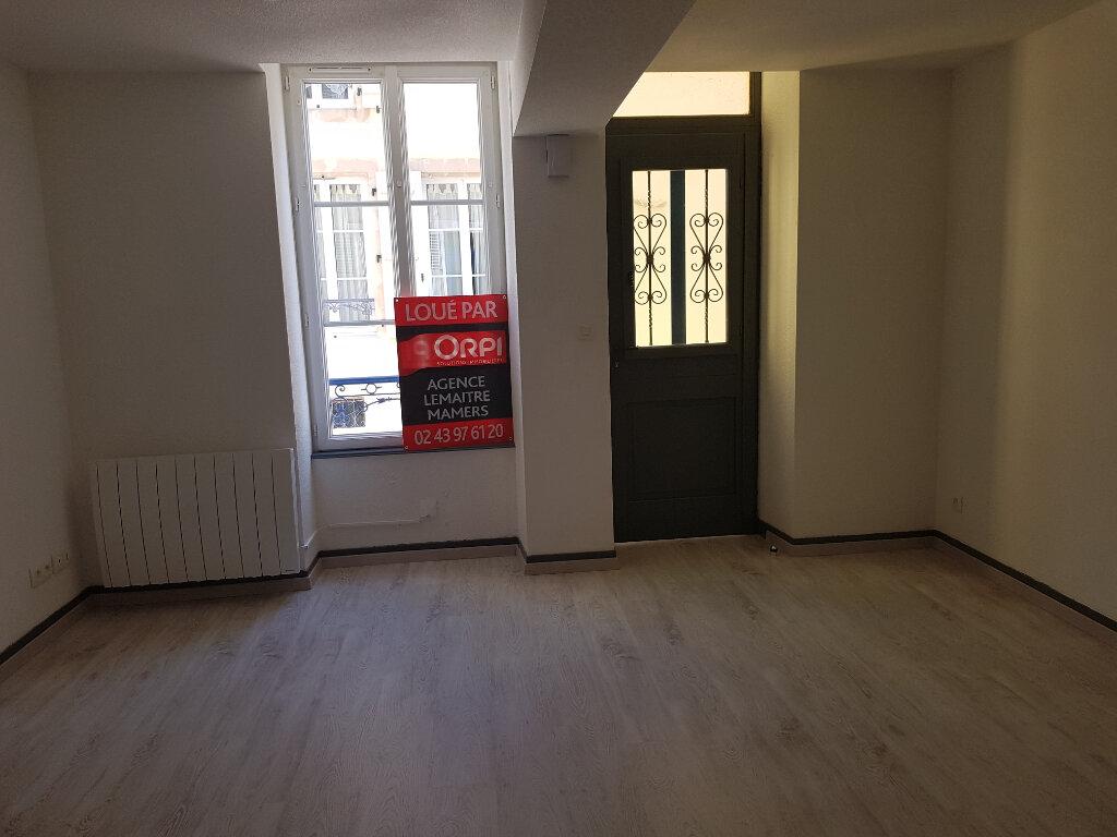 Appartement à louer 1 25m2 à Mamers vignette-3