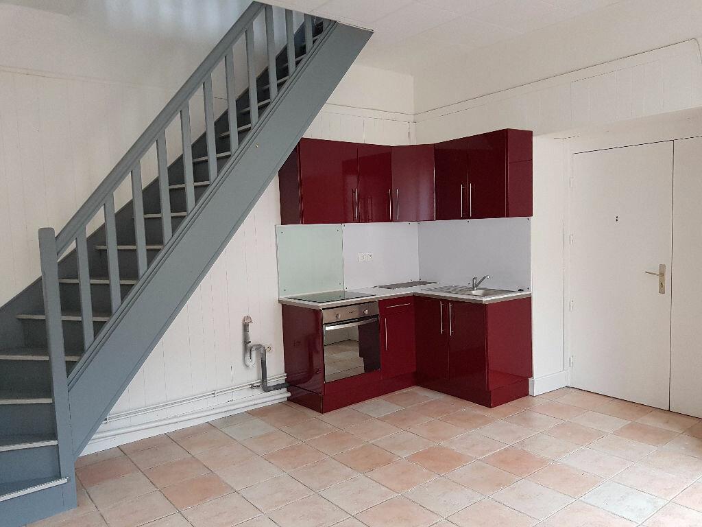 Appartement à louer 2 36m2 à Mamers vignette-1