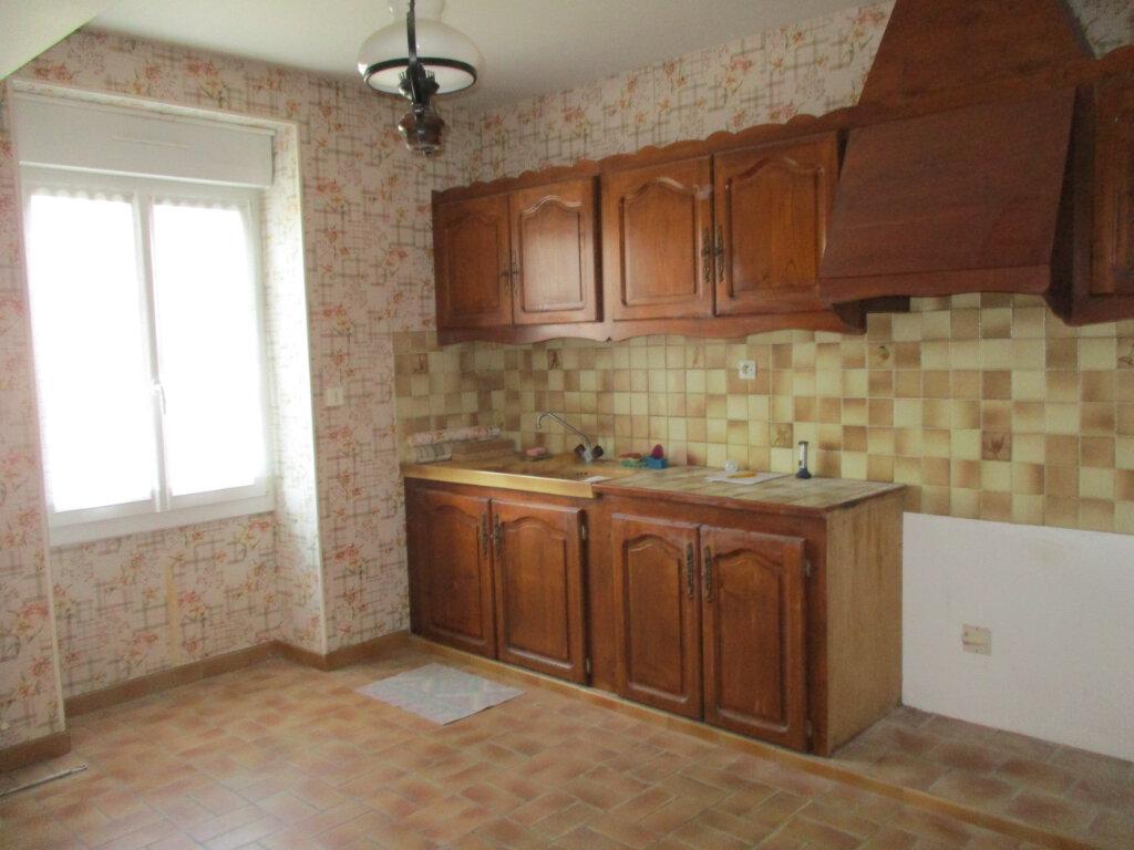 Maison à vendre 5 109m2 à Saint-Rémy-des-Monts vignette-3