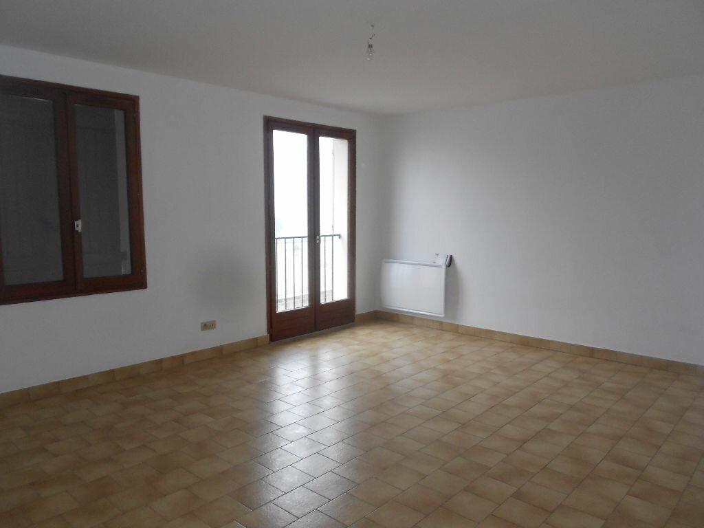 Appartement à louer 3 63m2 à Mamers vignette-4