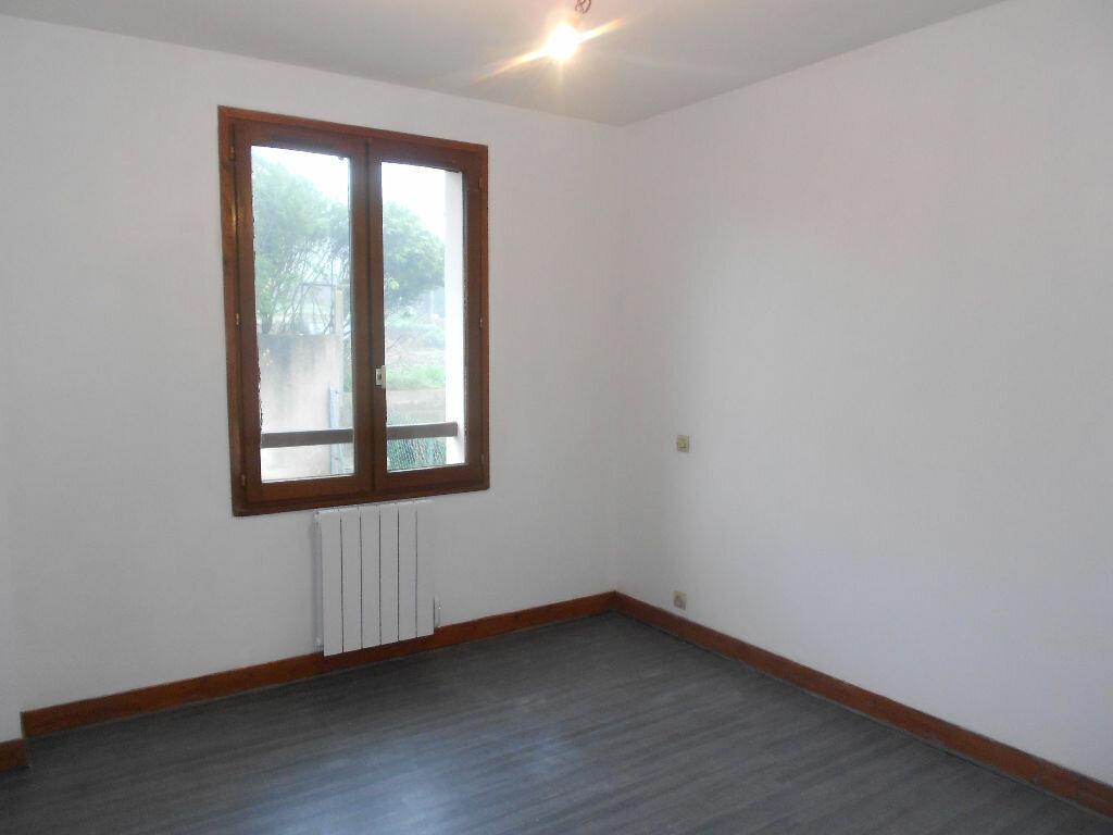 Appartement à louer 3 63m2 à Mamers vignette-5