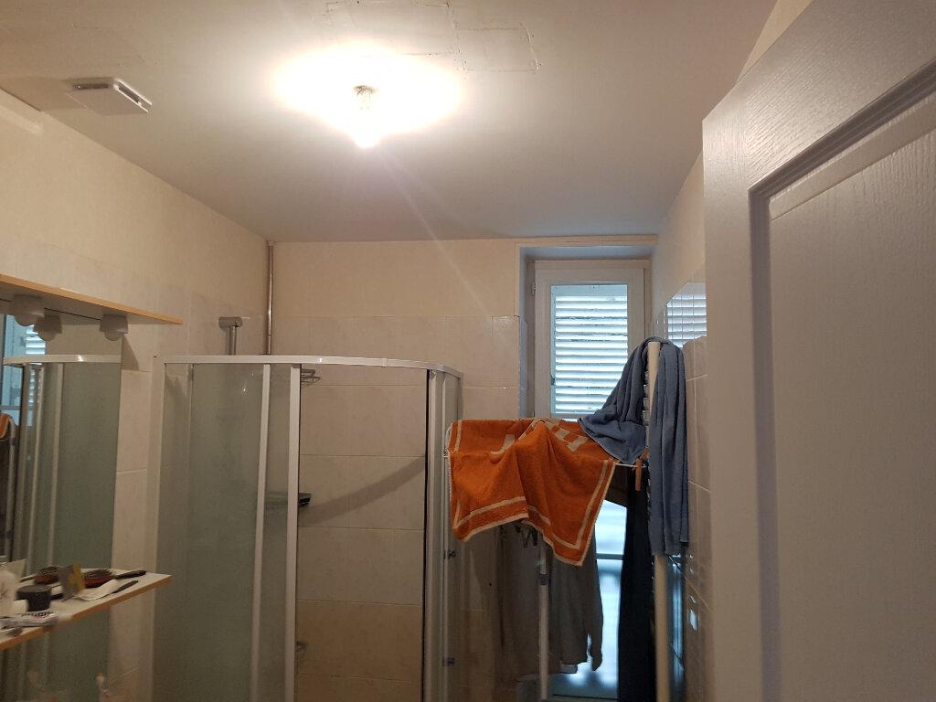 Appartement à louer 3 70m2 à Mamers vignette-6