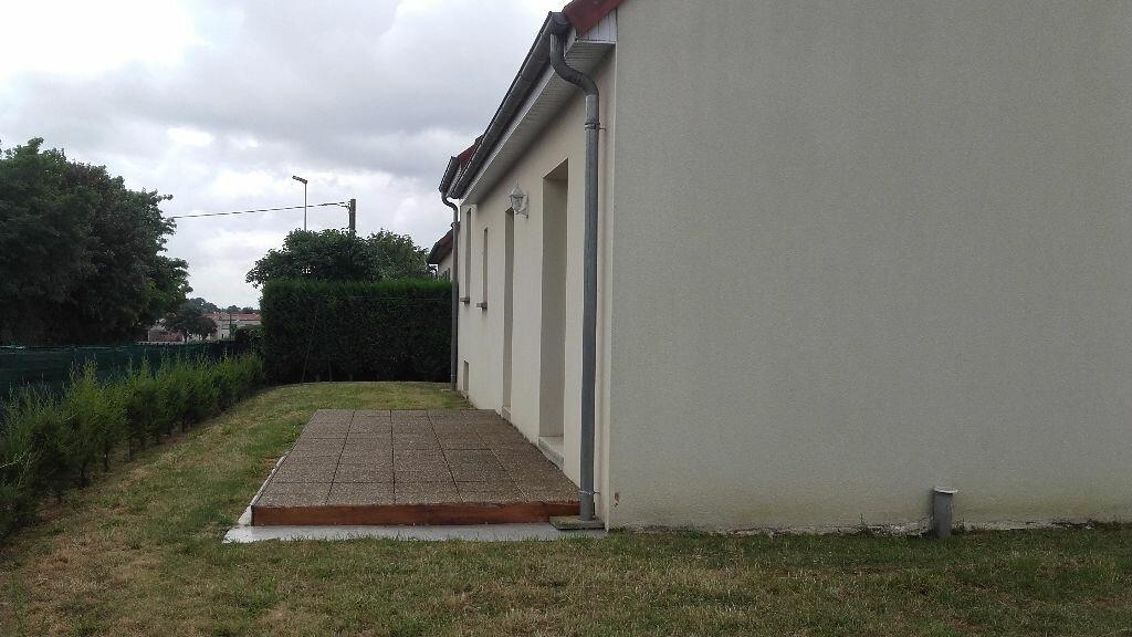 Maison à louer 4 86m2 à Mamers vignette-7