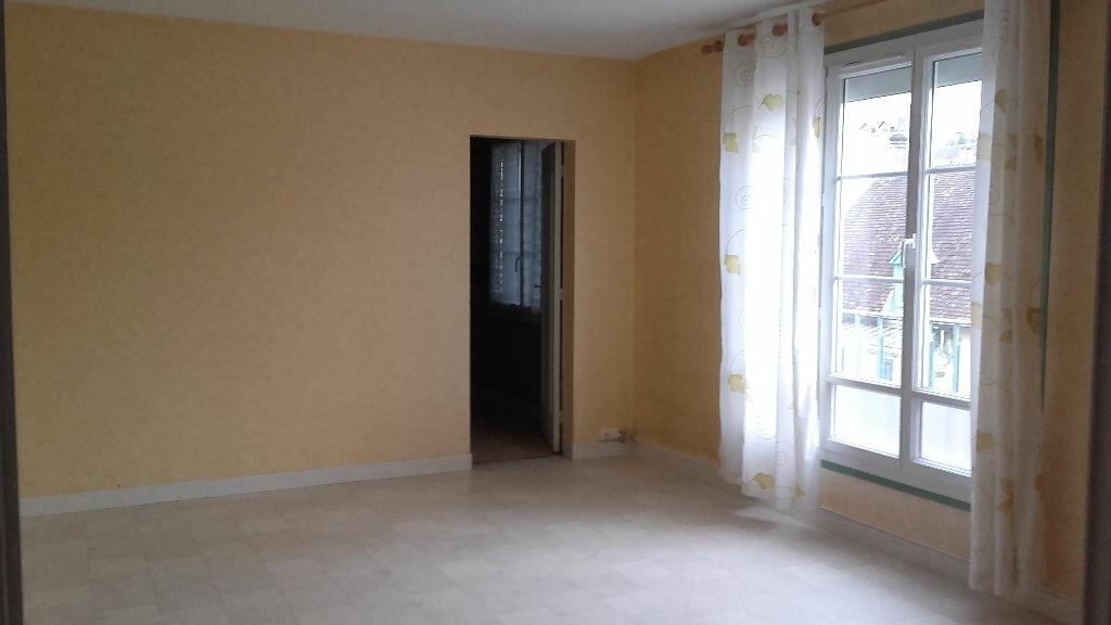 Appartement à louer 5 80m2 à Mamers vignette-9