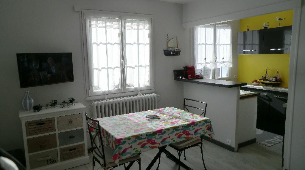 Appartement à vendre 3 45m2 à Le Croisic vignette-2