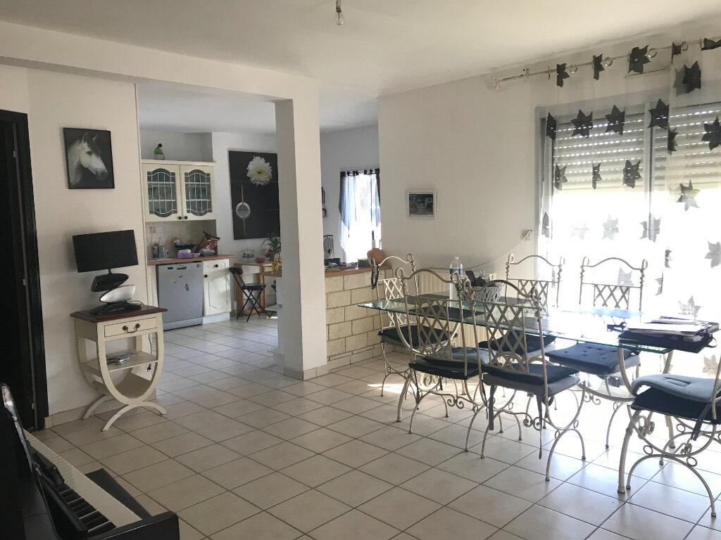 Maison à vendre 6 103.76m2 à Guérande vignette-2