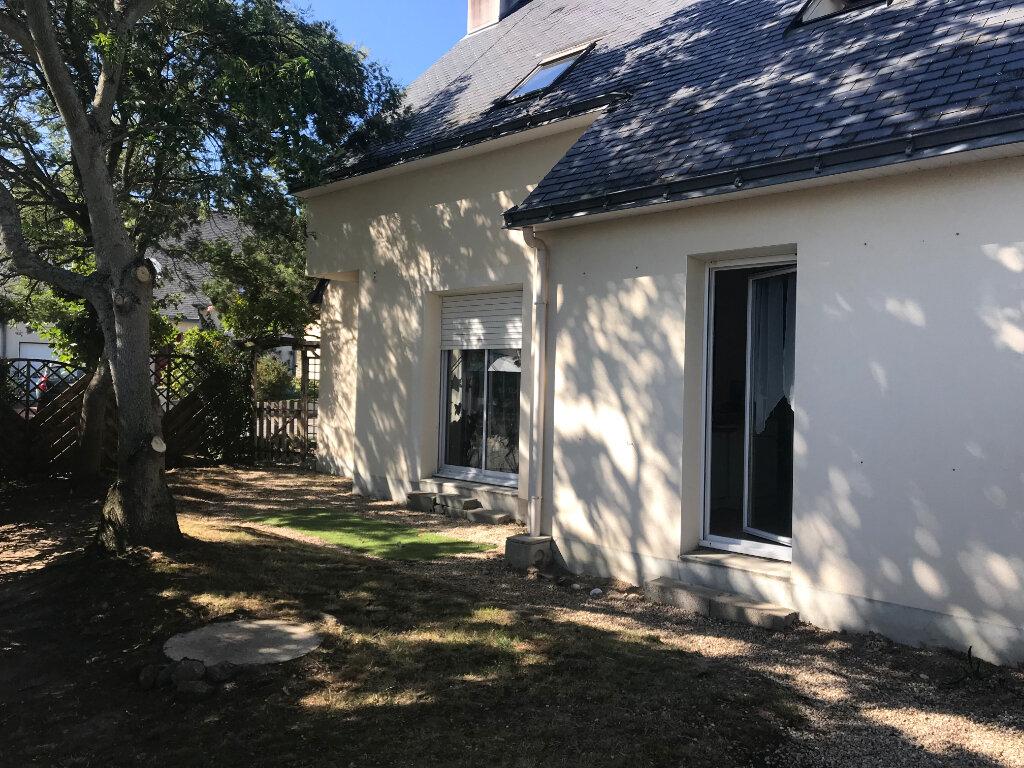 Maison à vendre 6 103.76m2 à Guérande vignette-5