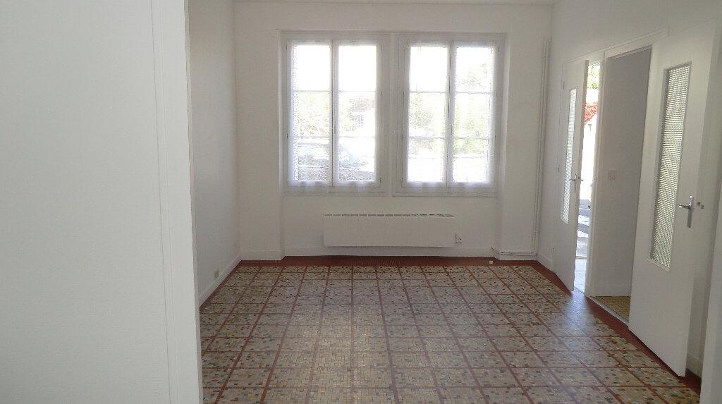 Appartement à louer 2 52.65m2 à Le Croisic vignette-1