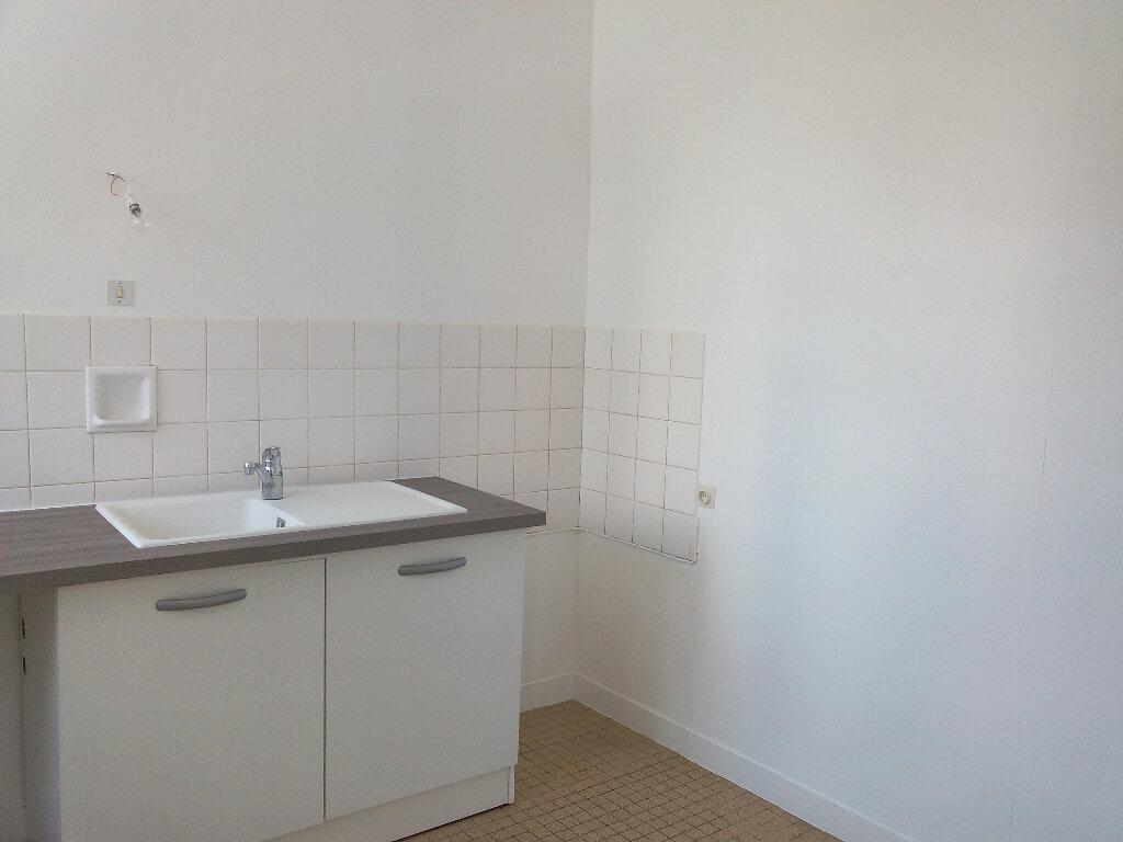Appartement à louer 2 52.65m2 à Le Croisic vignette-4