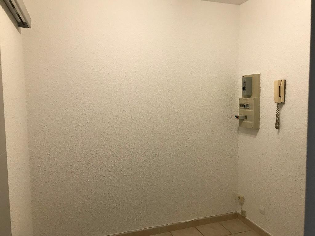 Appartement à louer 1 30m2 à Gréoux-les-Bains vignette-8