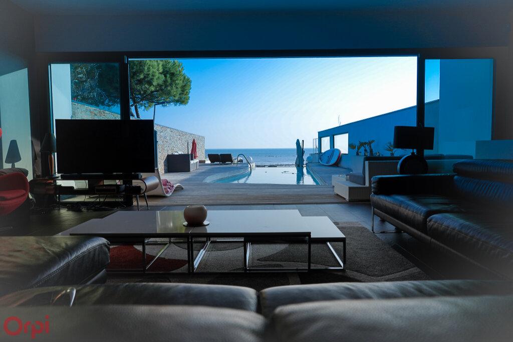 Maison à vendre 7 215m2 à Angoulins vignette-3