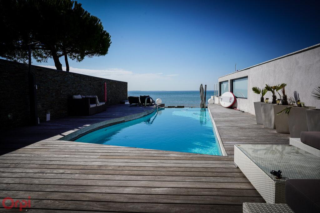 Maison à vendre 7 215m2 à Angoulins vignette-4