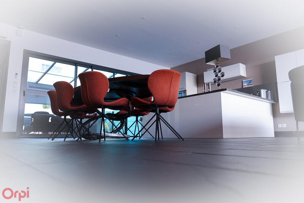 Maison à vendre 7 215m2 à Angoulins vignette-7