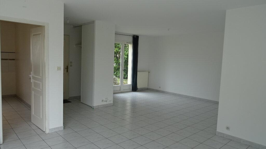 Maison à louer 4 93m2 à Périgny vignette-1