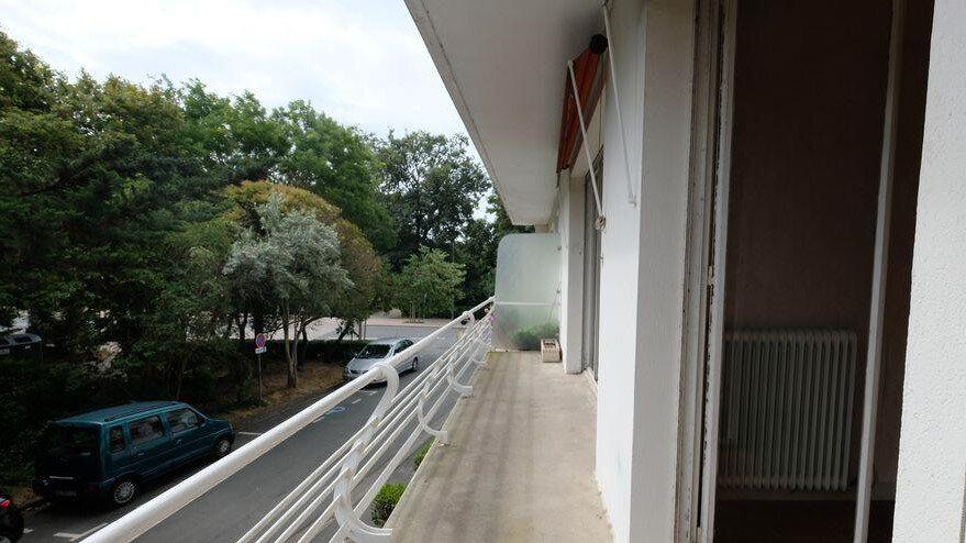 Appartement à vendre 4 91.7m2 à La Rochelle vignette-4