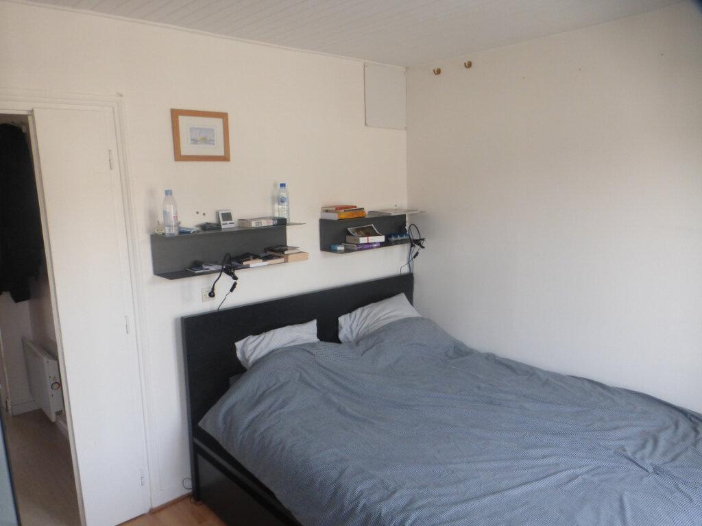 Appartement à vendre 2 41.5m2 à La Rochelle vignette-5