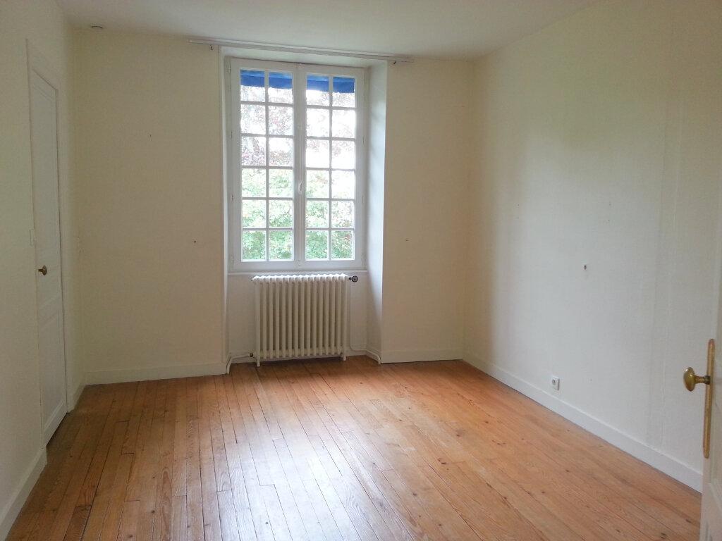 Appartement à louer 4 99m2 à Dompierre-sur-Mer vignette-4