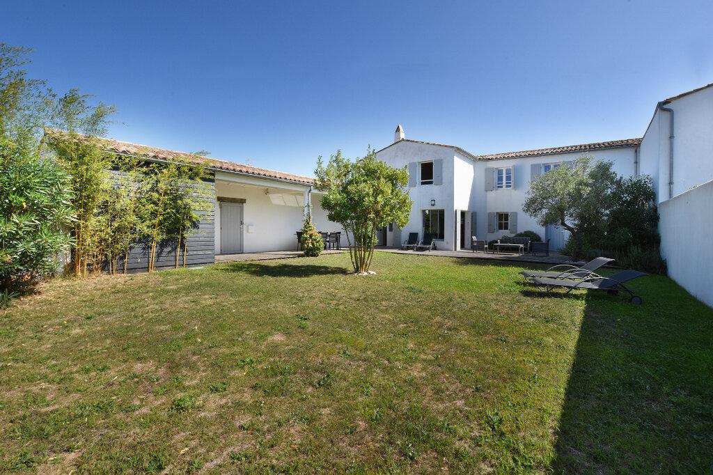 Maison à vendre 5 120m2 à Saint-Clément-des-Baleines vignette-1