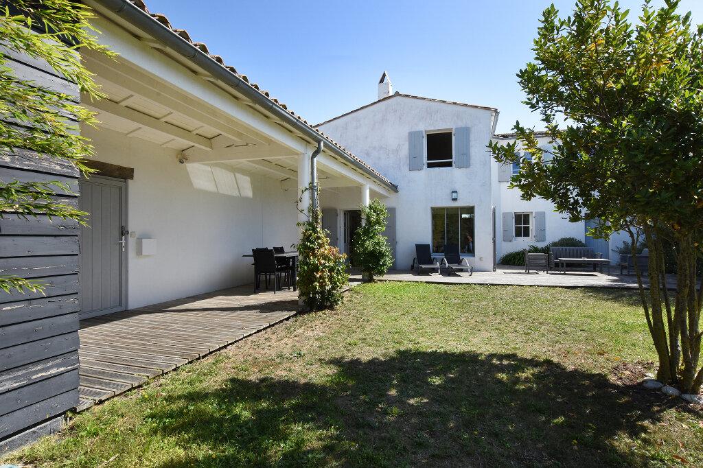 Maison à vendre 5 120m2 à Saint-Clément-des-Baleines vignette-2