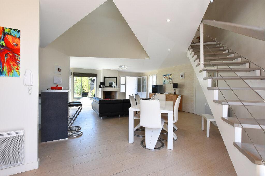 Maison à vendre 5 120m2 à Saint-Clément-des-Baleines vignette-8